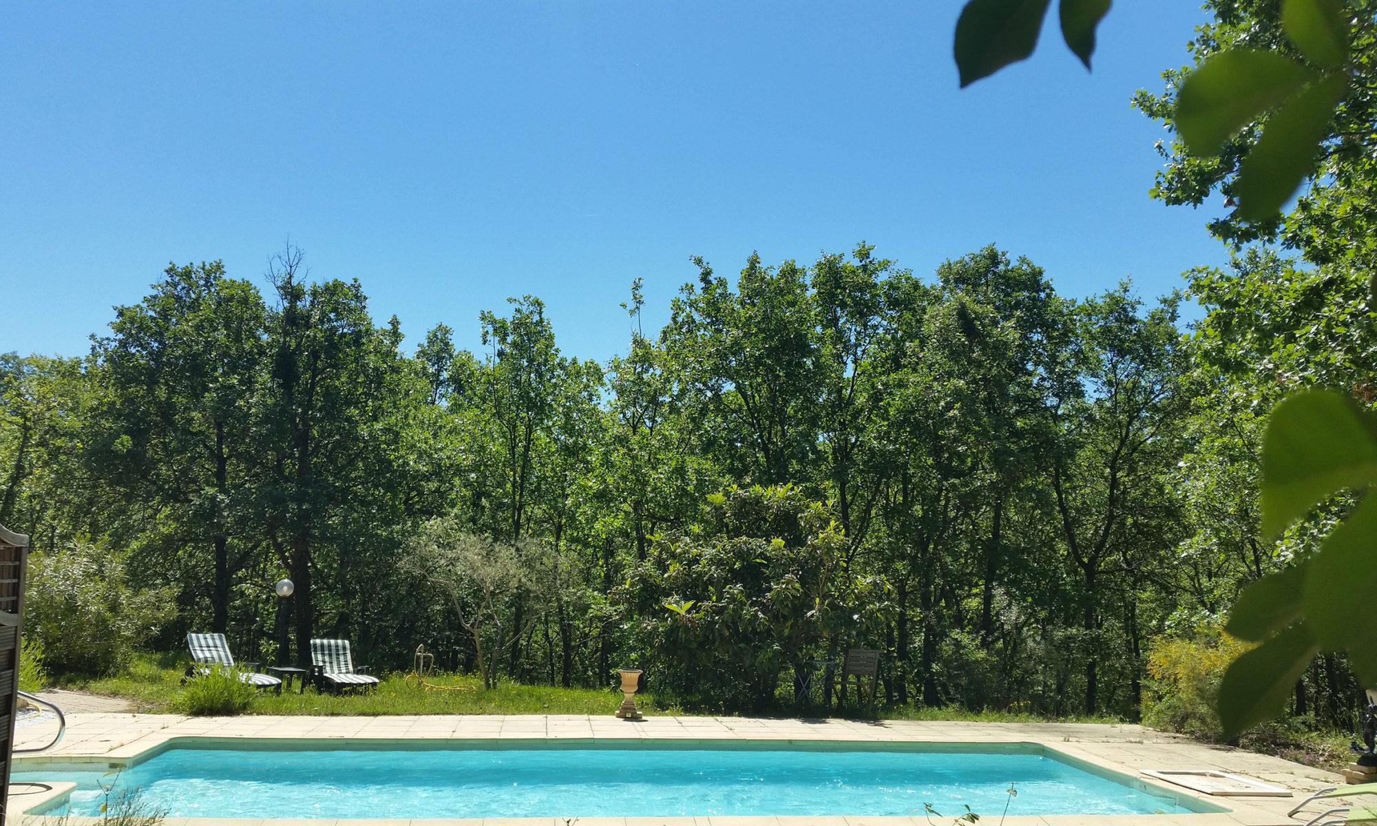piscine maison greoux les bains 04